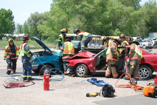 Photo of a 2-vehicle extrication drill