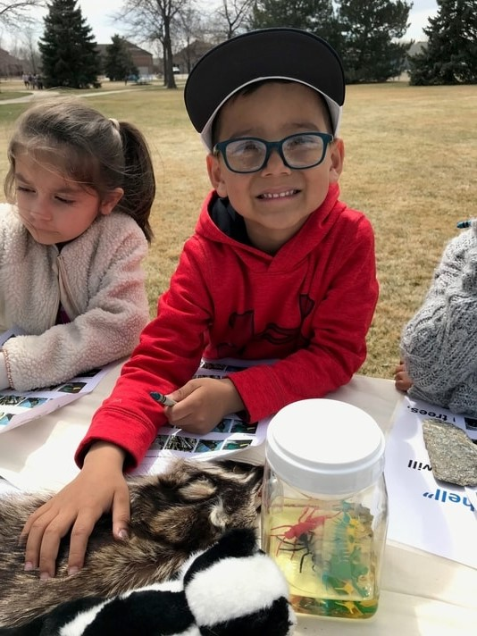 children learning about animals and nature in Loveland
